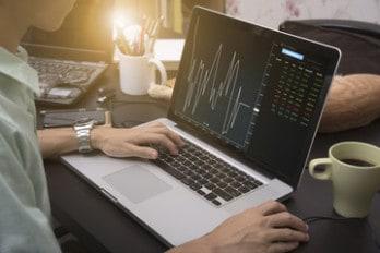 Обучение на рынке Форекс: будущие миллионеры обязаны учиться